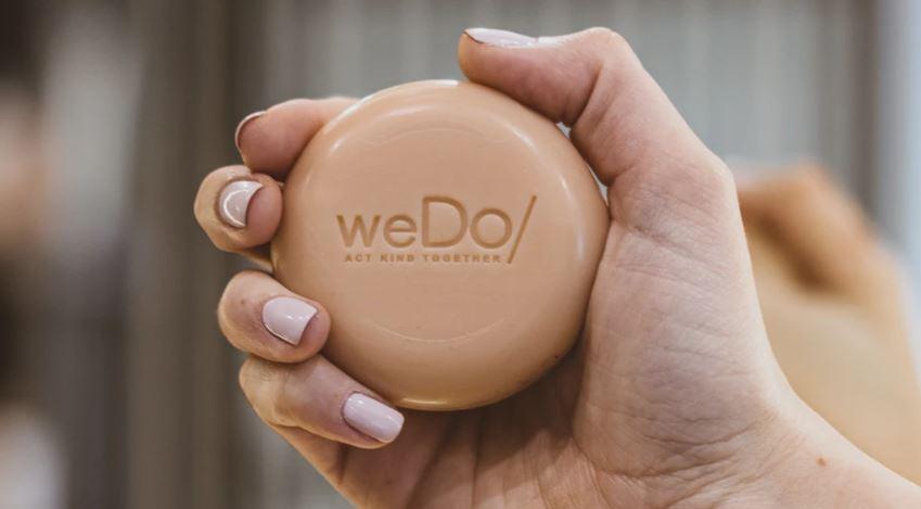 Verwendung von festem Shampoo – Anleitung und Tipps